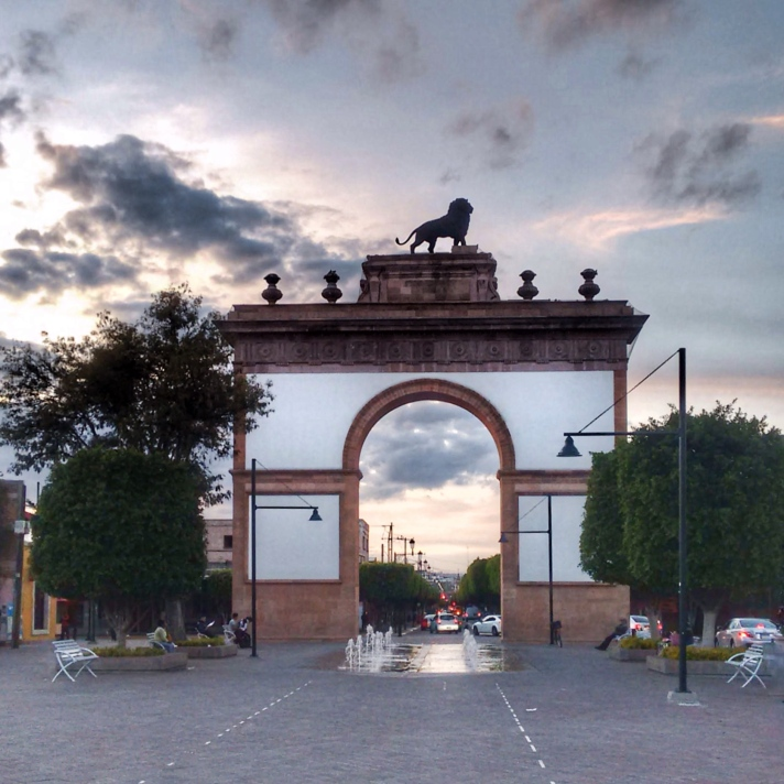 Leon's Archway.