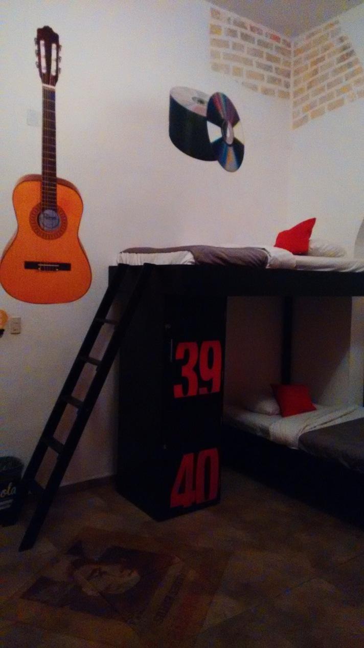 The Music Room in hostel 'El Armario'.