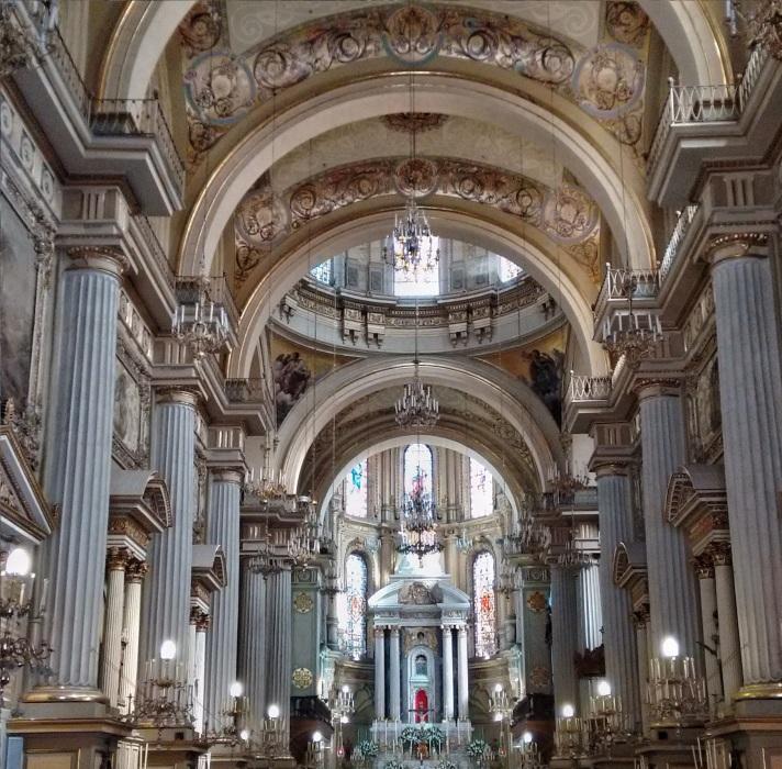 Catedral Basílica de Nuestra Madre Santísima de la Luz in Leon.